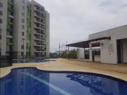 el apartamento en arriendo tiene piscina para adultos y niños